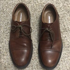 Johnston & Murphy Tabor cap toe oxford shoe 9.5